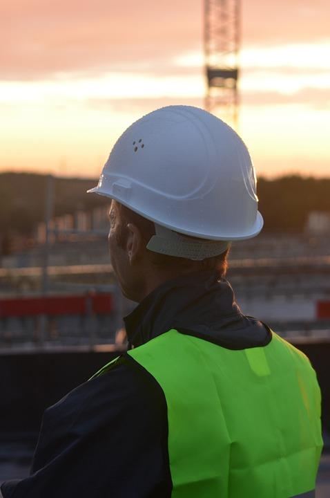 construction-worker-956495_960_720