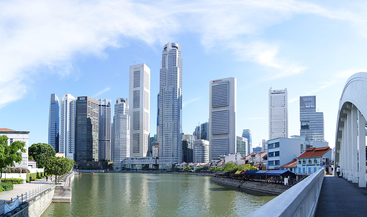 Skyscrapers_near_Singapore_River